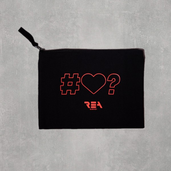 IS IT LOVE? ACCESSOIRES CASE